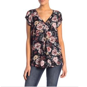 HALOGEN Black Rose Floral Double V-NECK Flowy Top